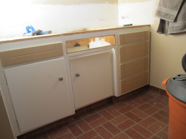 Pre-painted drawer faces